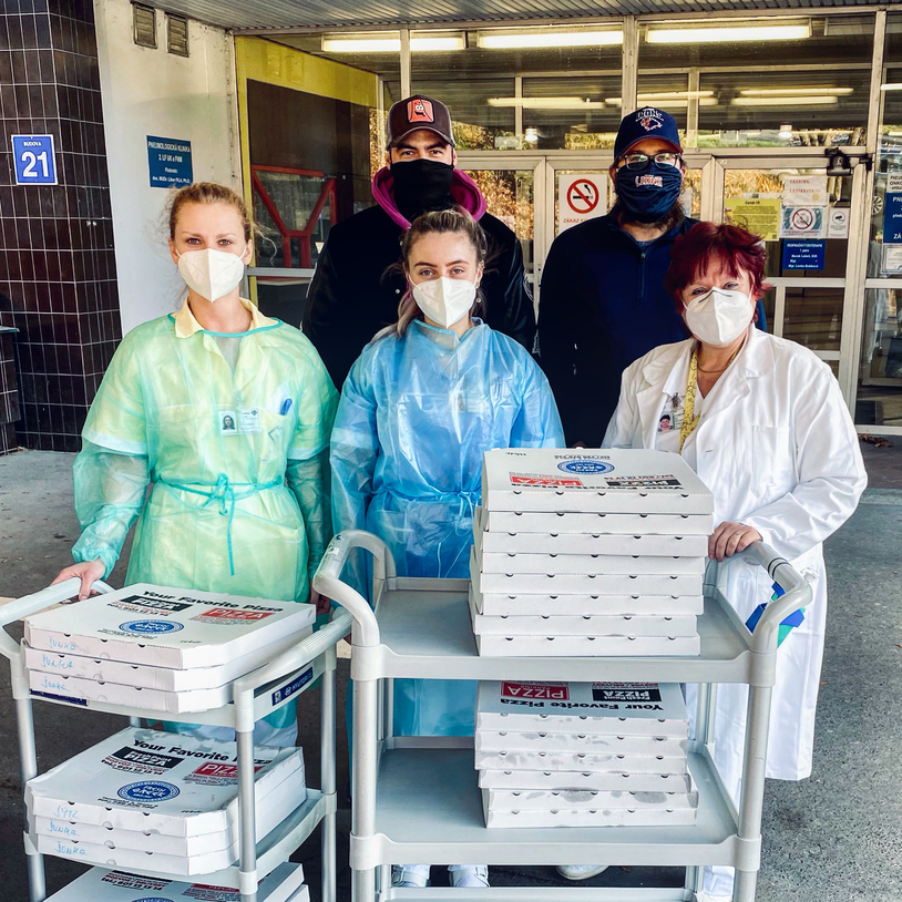 Prague Monitor and Prague Lions join efforts in a funding campaign to support medical staff » Prague Monitor / Czech News in English
